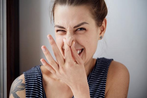 odore della pipì sintomi