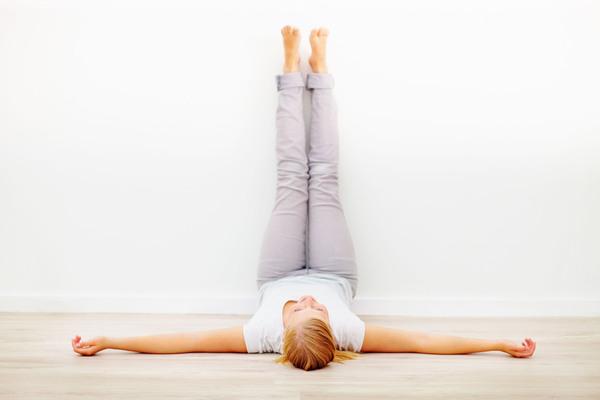 ginnastica anti-gonfiore gambe