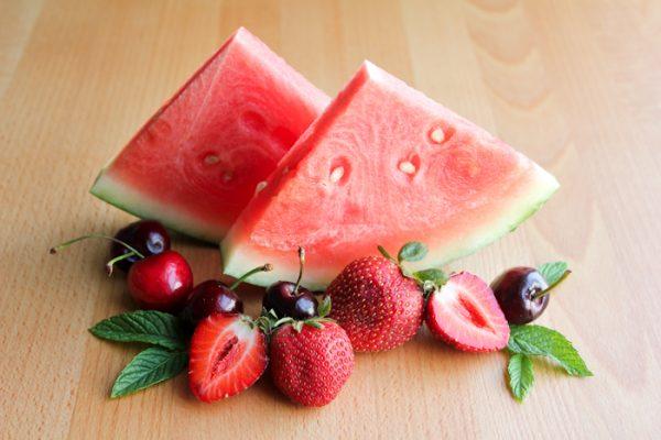 alimenti che abbassano la pressione combattendo l'ipertensione