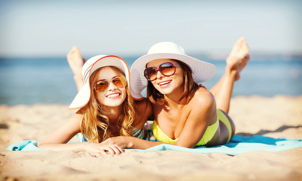 abbronzatura sicura, 4 azioni per proteggersi dal sole