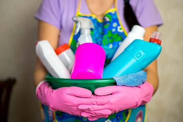 Cosa disinfettare ogni giorno: 5 oggetti da pulire sempre